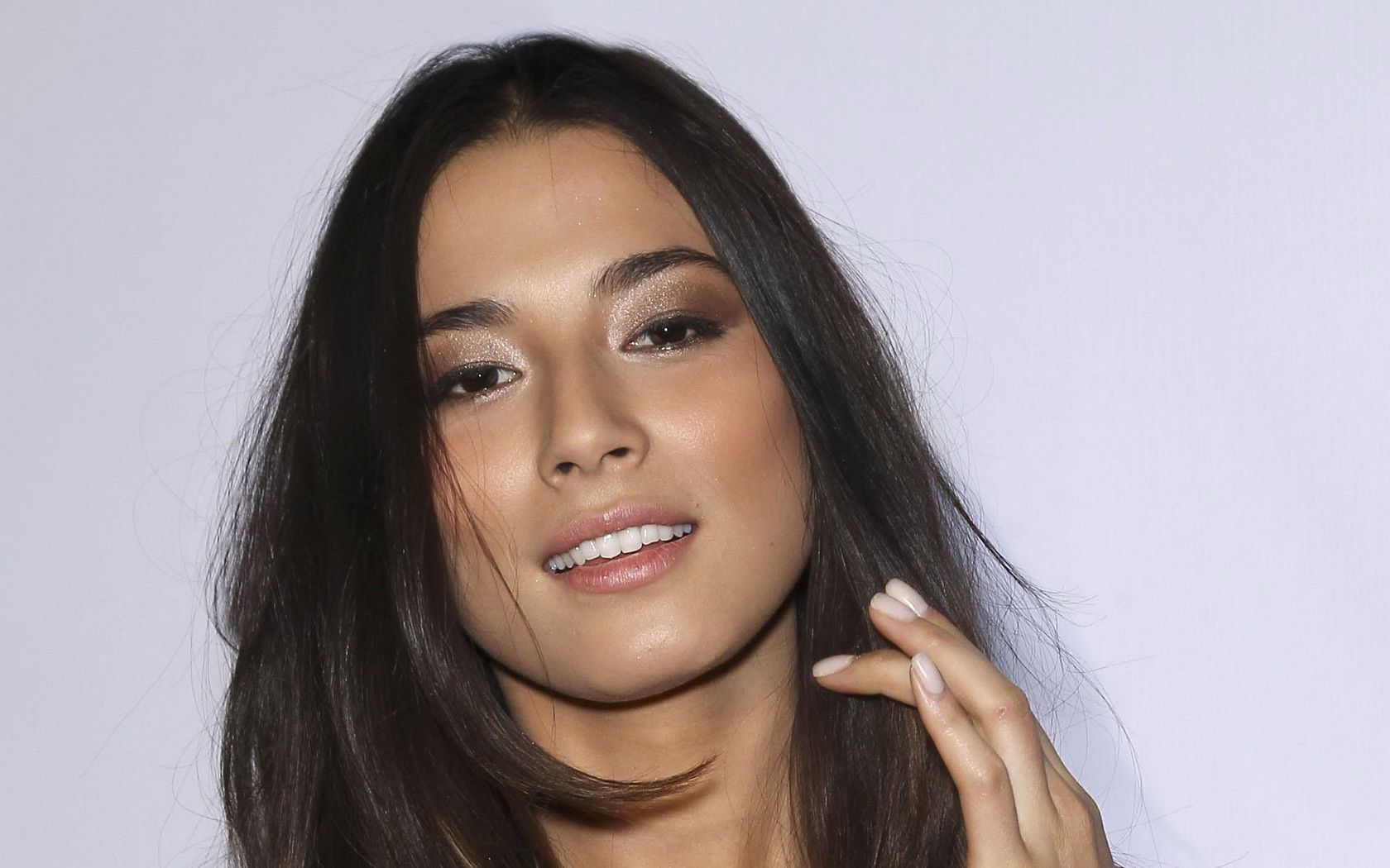 Jessica Gomes goes into business