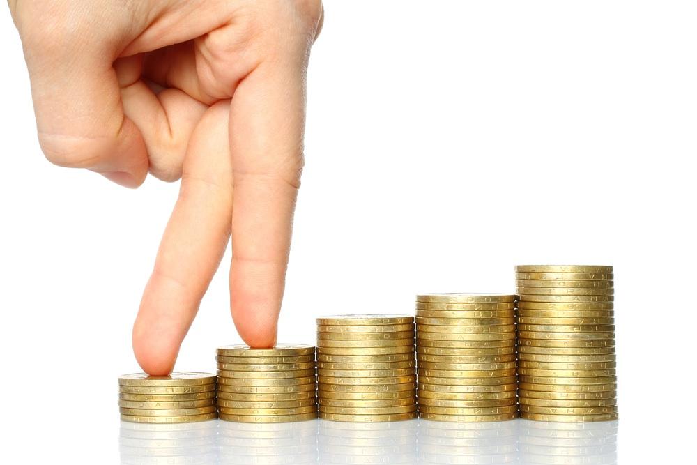 Increasing the Minimum Wage