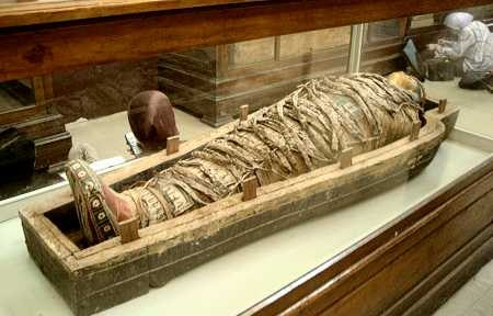 Mummies unearthed near Luxor
