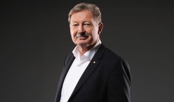 Swimming Australia supporting Danni Roche for AOC President