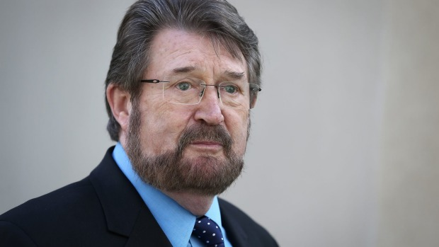 Is Derryn Hinch eligible to sit in parliament?
