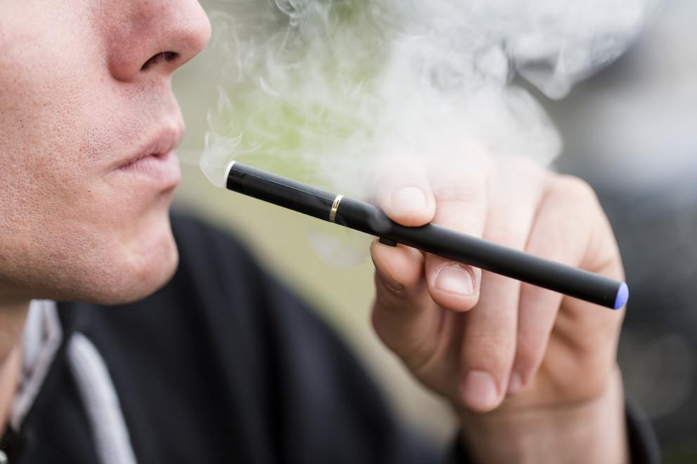 Could e-cigarettes save lives in Australia?
