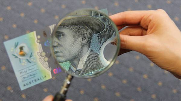 New $10 note to cost vendors a fortune