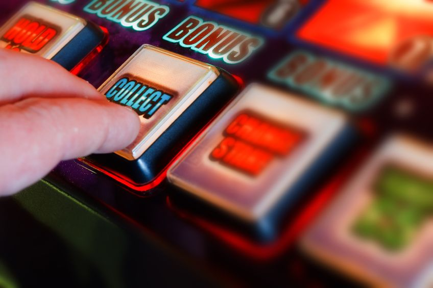 Crown accused of tampering with poker machines