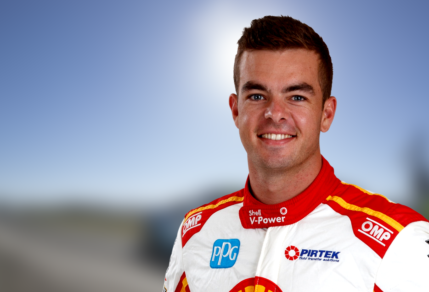 Scott McLaughlin Racing for His Maiden Title