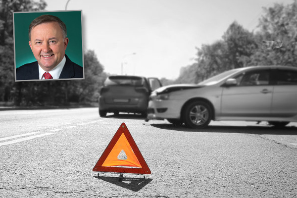 Article image for Inquiry into road safety after record number of deaths