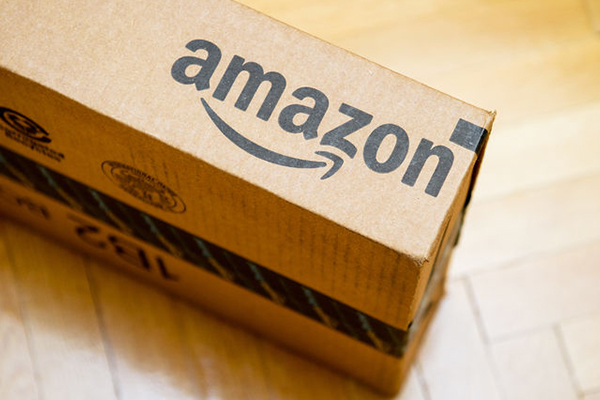 Article image for Retail giant Amazon flops in Australia