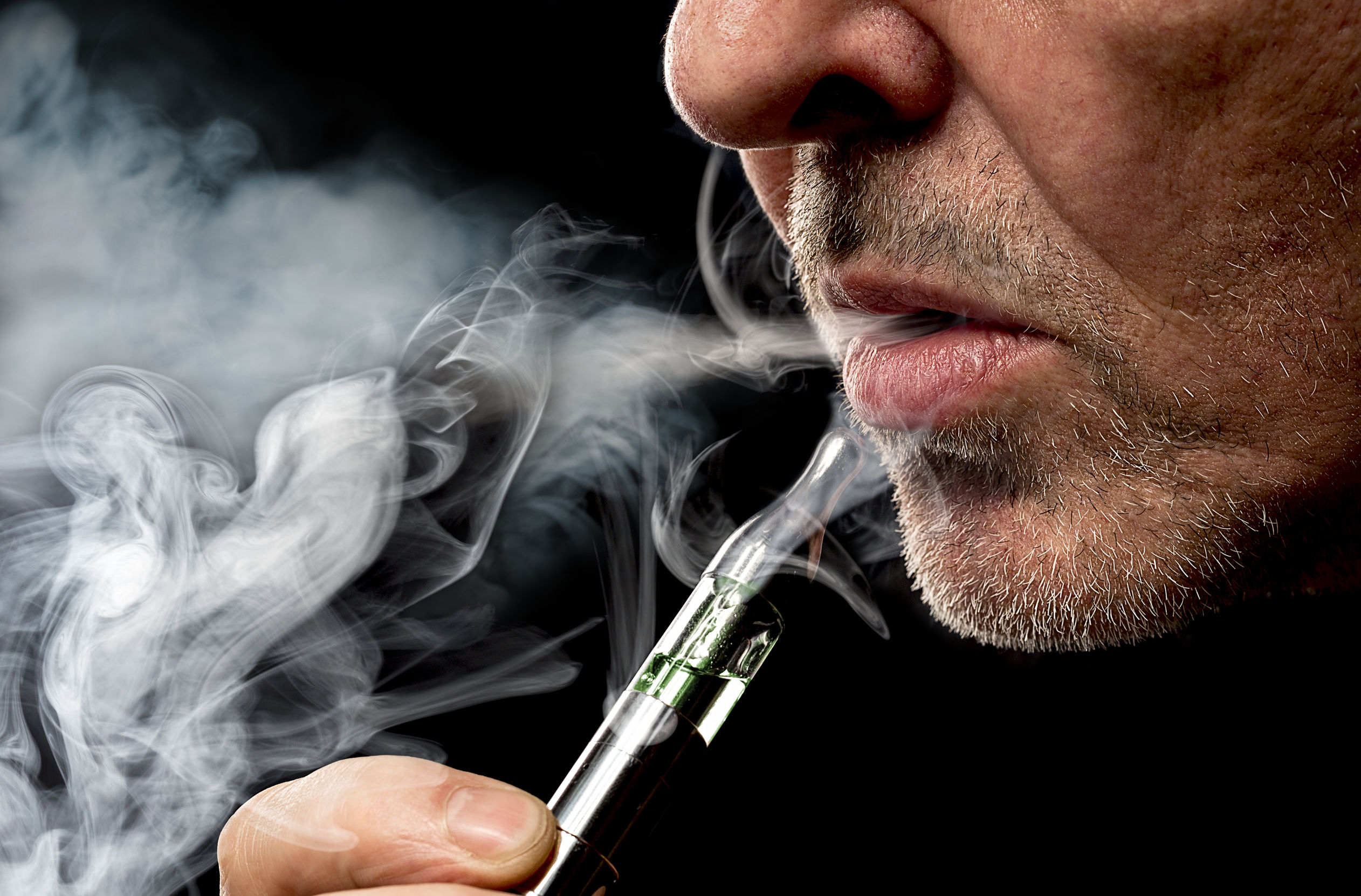 Should e-cigarettes be legalised? The numbers are in from the UK and they're staggering