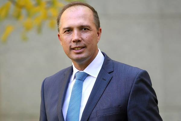 Peter Dutton promises to keep deporting rapists and paedophiles