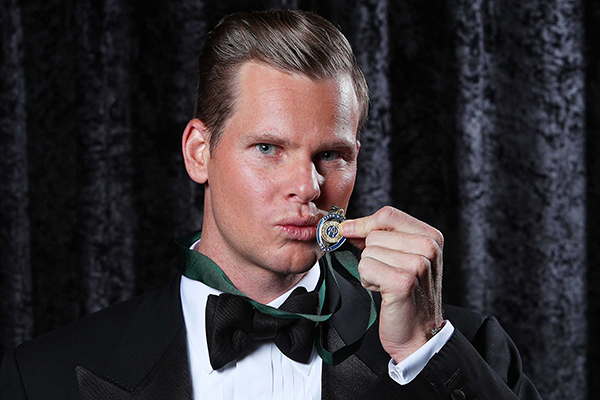 Article image for Steve Smith wins back to back Allan Border Medals