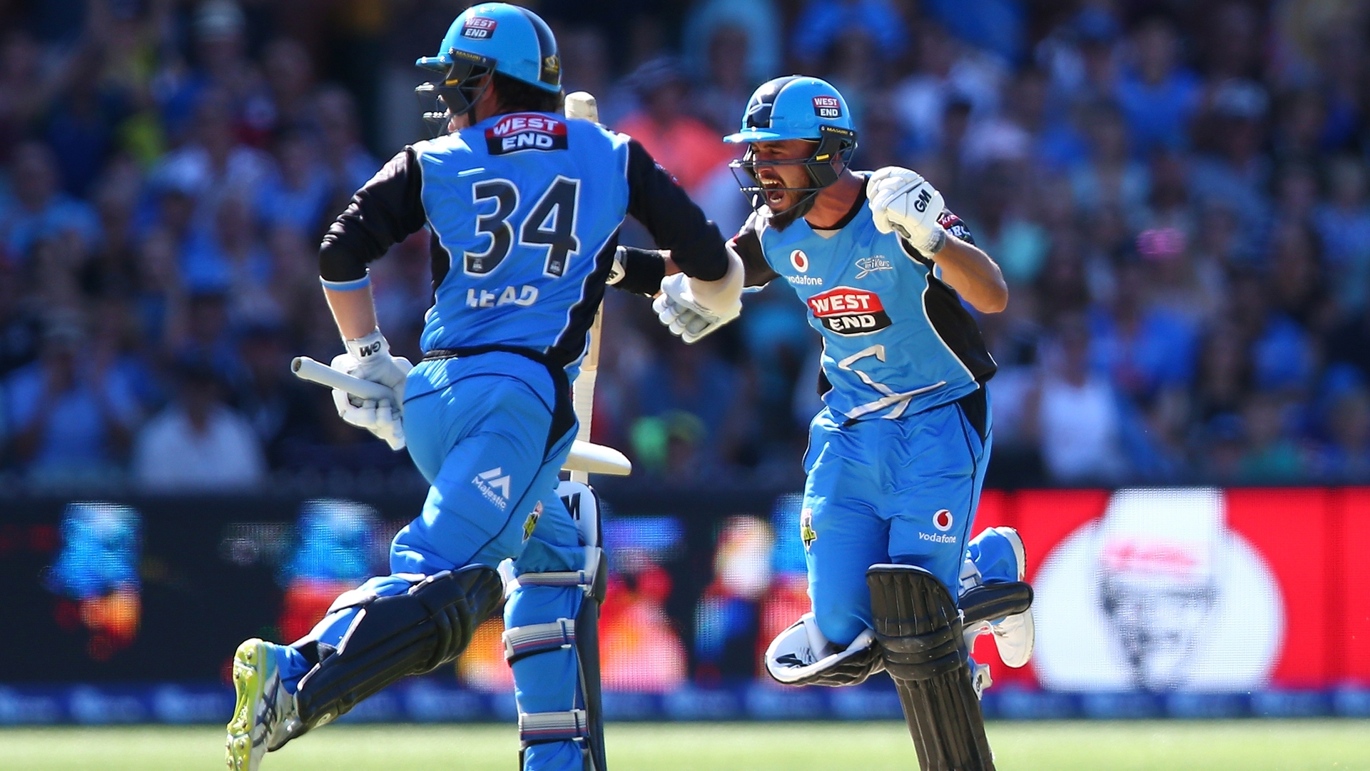 Weatherald century sees Strikers to first BBL title