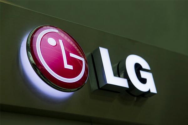 LG drops David Warner amid ball tampering scandal