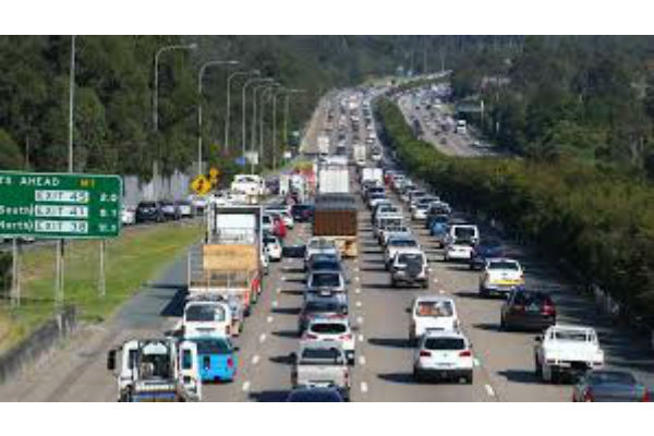 Queensland drive toward duplicate M1