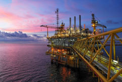 WA strikes oil discovery fueling hopes for new oil province