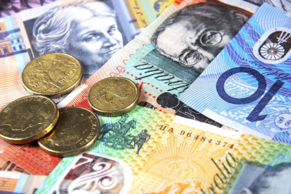 Article image for Despite 27 years of economic growth, Australia on track for $600 billion debt
