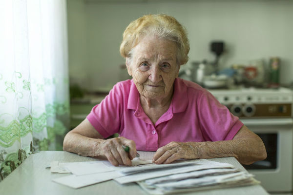 More older Australians caught in poverty trap
