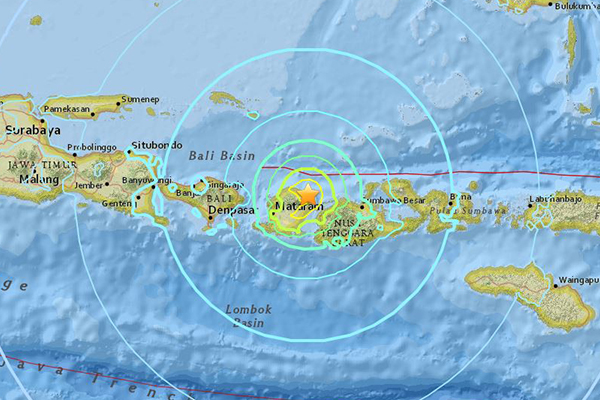 Article image for More earthquakes hit Indonesian island of Lombok