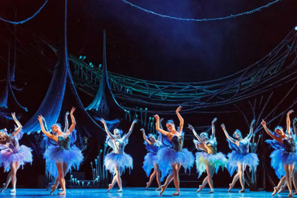 QLD BALLET FROM BRISBANE TO BEIJING
