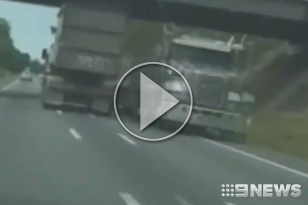 WATCH | Truckie gambles his life, swerving in and out of lanes