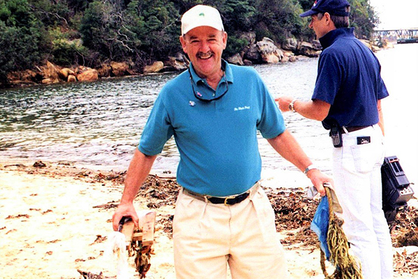 Article image for Clean Up Australia founder Ian Keirnan dies, aged 78