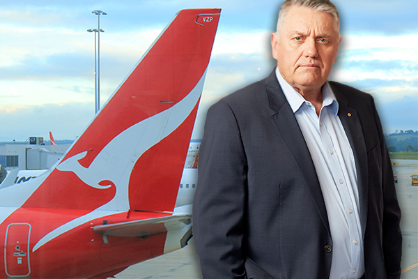 Article image for Man booted from flight for verbally abusing young disabled girl