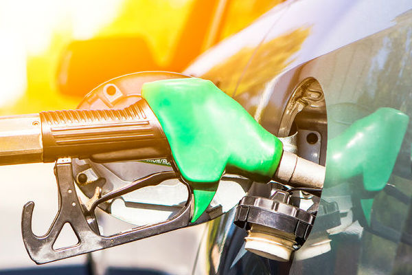 Petrol price monitoring finally begins in Queensland