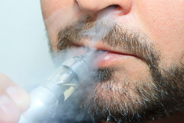 Article image for Australian-first campaign launches to encourage smokers to switch to vaping