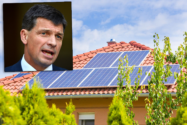 'Blood on your hands': Energy Minister's solar panel warning