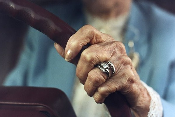 GPs face difficult decisions on dementia drivers