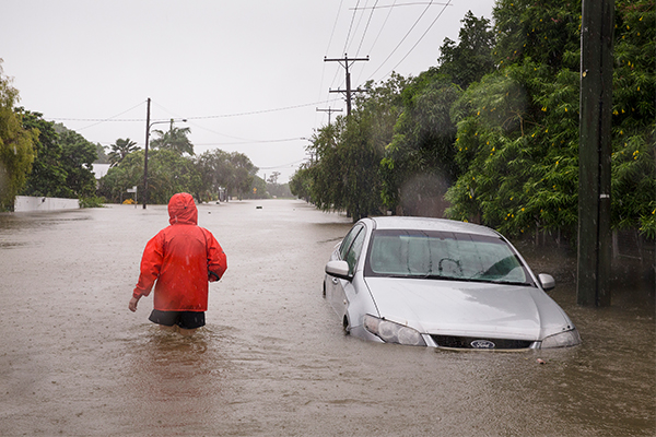 Article image for Queensland floods: One resident takes to rescuing locals as water levels peak