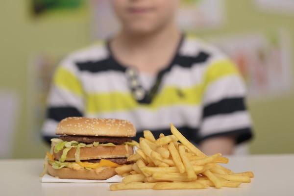 Calls for more regulation of salt in kids fast food