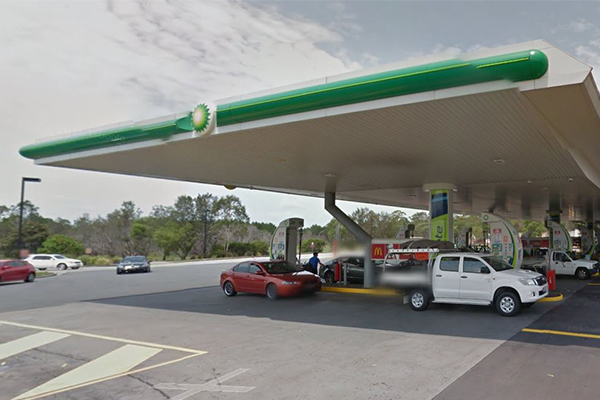 Article image for 3yo dies after being hit by ute in service station car park
