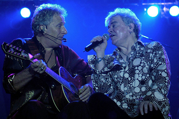 Article image for Iconic Air Supply 'still having a great time together on the road'