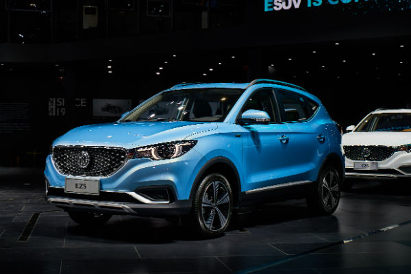 Shanghai Motor Show – MG shows off its new electric EZS SUV