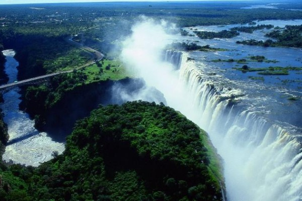 Zimbabwe emerges from troubled past to be top travel tip