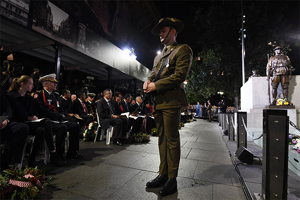 Australians commemorate ANZAC Day across the country