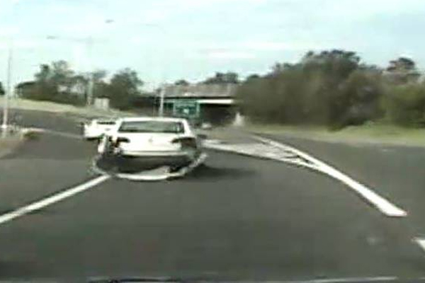 DASHCAM   Driver allegedly goes on 22km police chase while high on ice