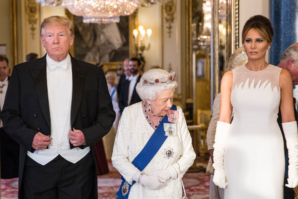 Article image for Trump attends Queen's banquet after slamming London's 'nasty' mayor