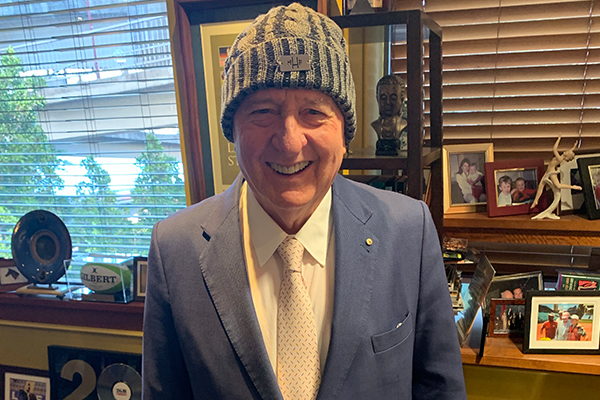 Article image for Alan Jones gets behind Beanies for Brain Cancer