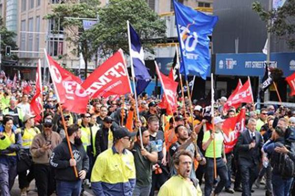'Astonishingly unlawful': CFMMEU in the firing line of union-busting bill