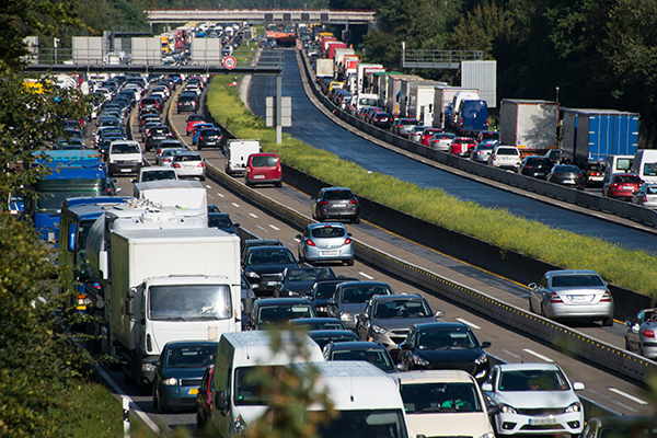 Article image for Infrastructure projects struggling to save top cities from congestion