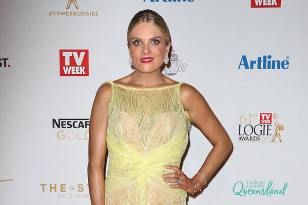 Article image for Erin Molan responds after Daily Mail hits out at 'fashion fail'