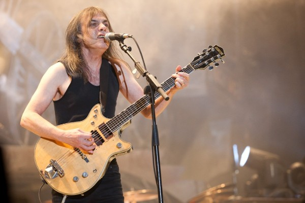 MALCOLM YOUNG – The Man Who Made AC/DC