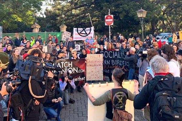 Article image for 'Raving lunatics' shut down Brisbane CBD, multiple protesters arrested