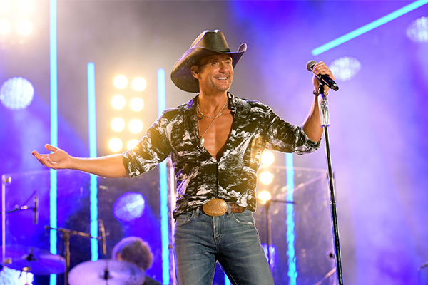 Country music superstar Tim McGraw returning Down Under after seven years