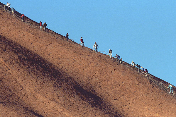 Controversial Uluru climb to close for good