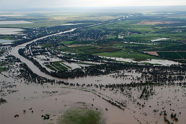Queensland flood victims win class action over dam mismanagement