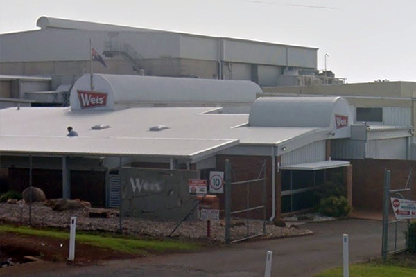 Iconic QLD Weis Bars factory to close after more than 60 years