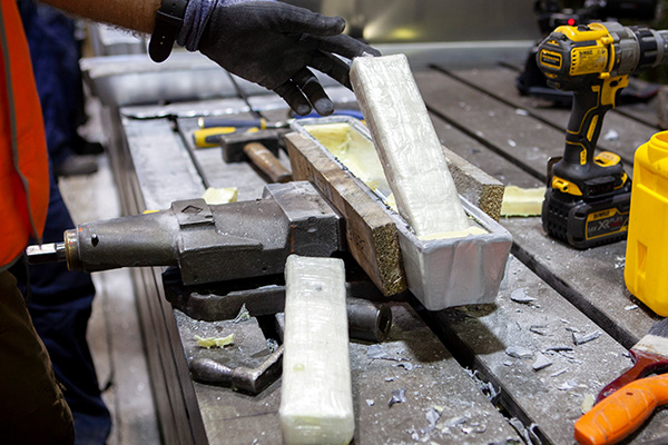 Article image for AFP busts 233kg of cocaine concealed in aluminium bars from Mexico