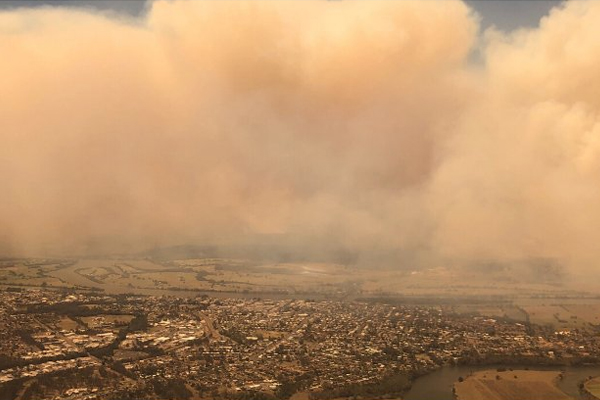 Article image for QLD bushfires: Brisbane warned as conditions expected to worsen